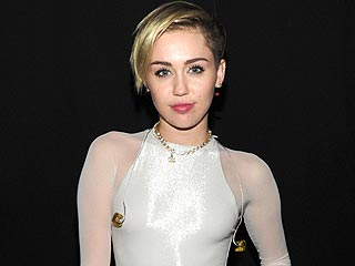 Miley Cyrus Hospitalized for Severe Allergic Reaction | Miley Cyrus