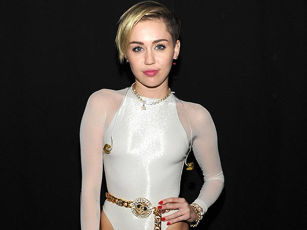 Miley Cyrus Still in Hospital, Cancels Another Concert