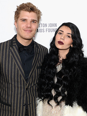 Chris Zylka and Hanna Beth Are Engaged