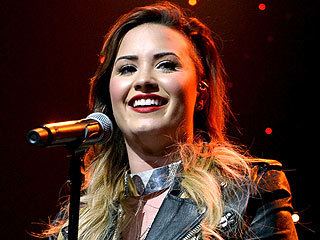Demi Lovato on Her Bipolar Disorder: 'It's a Daily Thing'