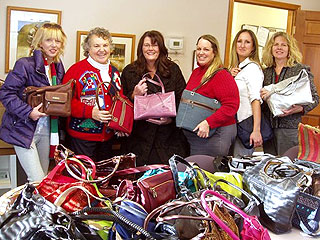 Heroes Among Us: Michigan Woman Collects Handbags for Abused Teens, Women in Shelters