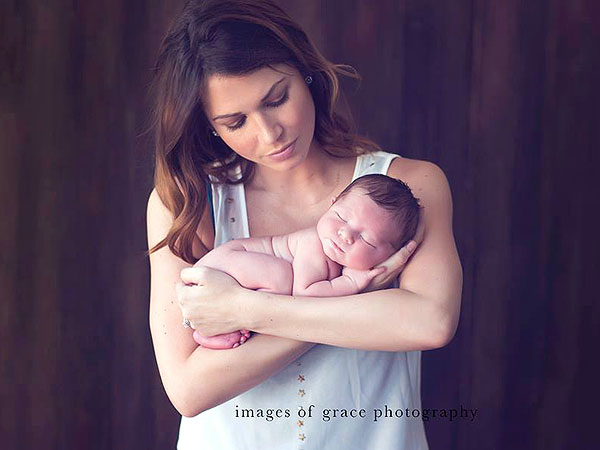 Melissa Rycroft Introduces Son Beckett Thomas First Photos