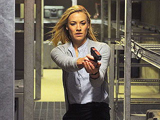 Yvonne Strahovski Fans, Unite! This Is Your Night!