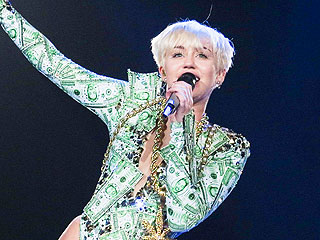 Miley Cyrus Insists Expletive-Filled Concert Rant Was Not About Her Exes