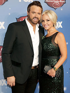 Randy Houser and Wife to Divorce
