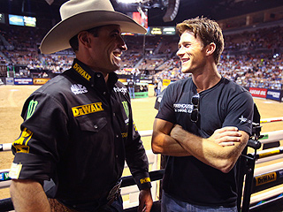 Scott Eastwood Hangs with Professional Bull Riders in Las Vegas