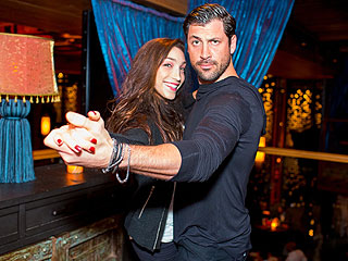 DWTS' Maks & Meryl Bring Their Ballroom Heat to New York Club | Maksim Chmerkovskiy, Meryl Davis