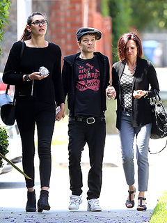 PHOTO: Deryck Whibley Appears Frail After Nearly Dying from Alcohol | Deryck Whibley