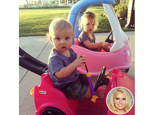 Jessica Simpson Instagram Daughter Maxwell Son Ace