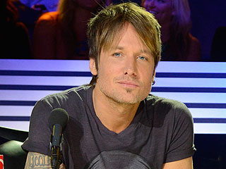 Keith Urban: Nicole Kidman and I Watch Idol at Home in Our 'Jammies'