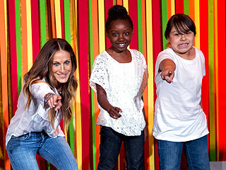 Sarah Jessica Parker Performs in Kids' Talent Show – at the White House | Sarah Jessica Parker