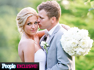 Survivor's Jefra Bland Is Married – Photos and All the Details!