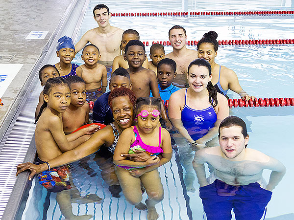 Wanda Butts Teaches Inner-City Kids in Ohio How to Swim| Heroes Among Us, Good Deeds, Real People Stories, Real Heroes