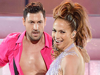 Jennifer Lopez Flirts with Maksim Chmerkovskiy | Jennifer Lopez, Maksim Chmerkovskiy
