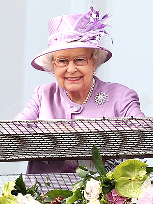 Queen Elizabeth Ends Hectic Week with a Horse Race