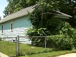 Boy Finds Mummified Corpse Hanging in Vacant Ohio Home