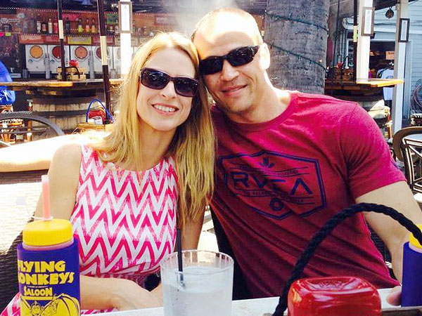 Ex-Couple Exchanged Tense Texts Before Fatal High School Reunion Shooting