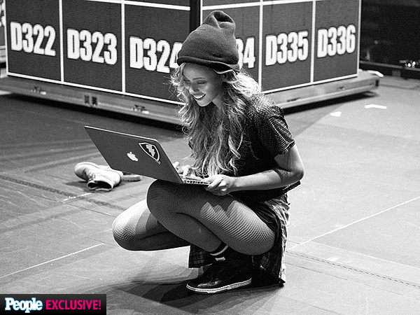 PHOTO: Go Behind the Scenes of Beyoncé's On the Run Tour | Beyonce Knowles