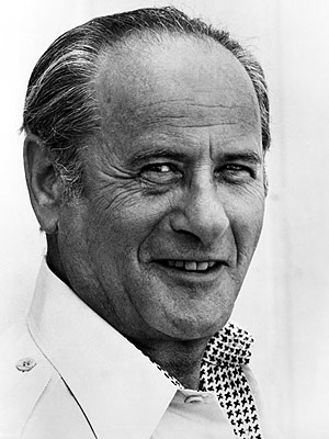 Veteran Actor Eli Wallach Dies