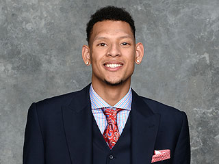 Baylor's Isaiah Austin Partners with the Marfan Foundation: 'It's My Calling'