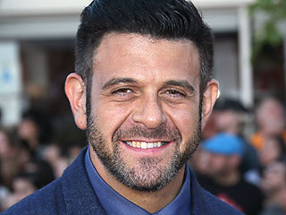 Food Show Host Adam Richman Apologizes for Instagram Comments