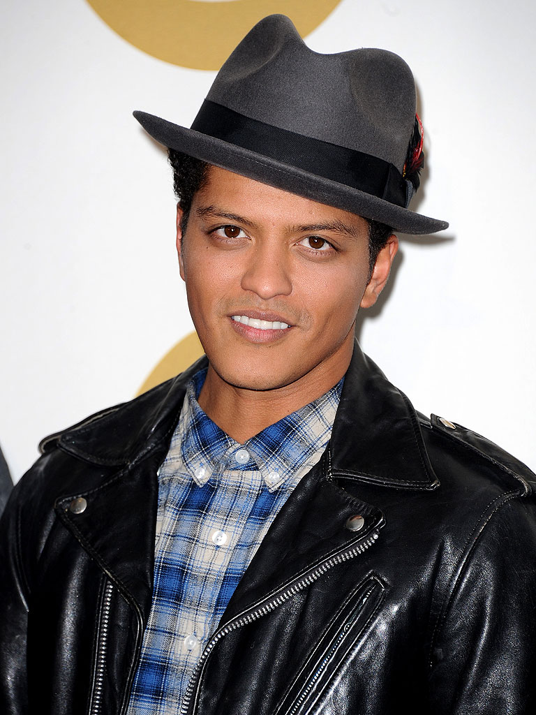 bruno mars on planet mars - photo #27