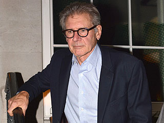 Harrison Ford Uses Leg Brace to Recover from Fracture (PHOTO)