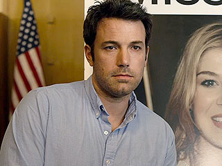 VIDEO: Watch Ben Affleck & Rosamund Pike i