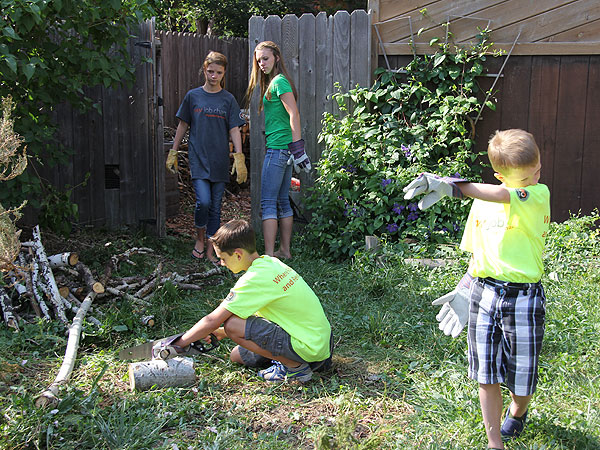 Family Spends Summer Vacation Helping Others