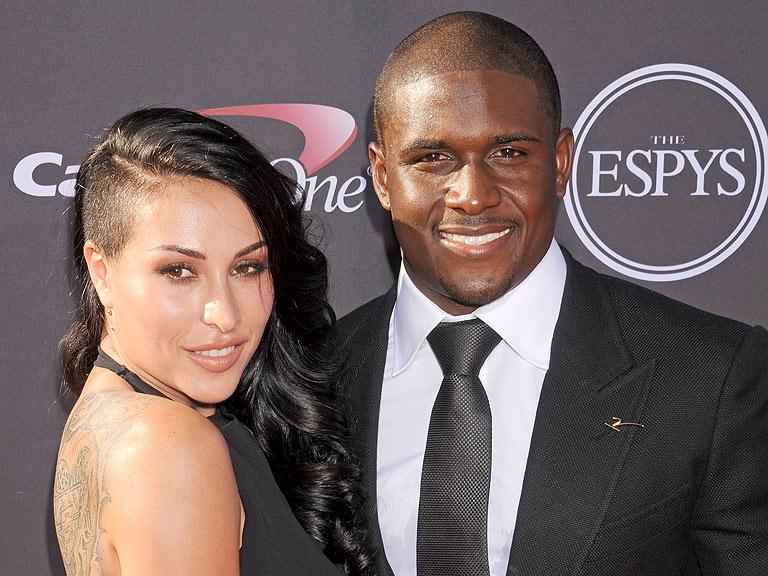 Reggie Bush Marries Lilit Avagyan - Marriage, Weddings ... Reggie Bush Kim Kardashian Dancing