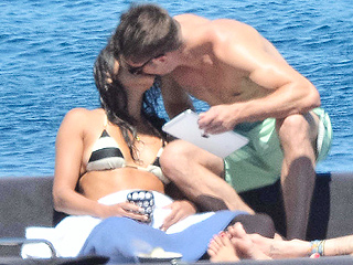 Yes, This Is Zac Efron and Michelle Rodriguez Kissing in Italy!