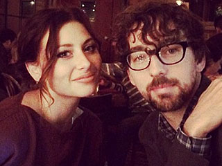 Two and a Half Men Star Aly Michalka Is Engaged!