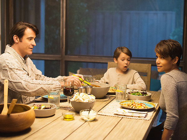 Extant Episode 3 Recap: Halle Berry in Wish You Were Here