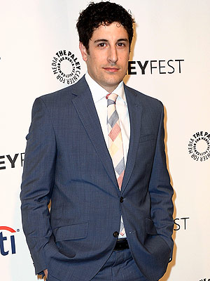 Jason Biggs Apologizes for 'Poor Taste' Tweet About Malaysian Plane Crash | Jason Biggs