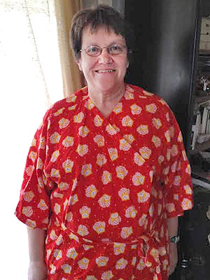 Brenda Jones Create Unique Hospital Gowns for Ailing Women| Heroes Among Us, Good Deeds, Real People Stories, Real Heroes