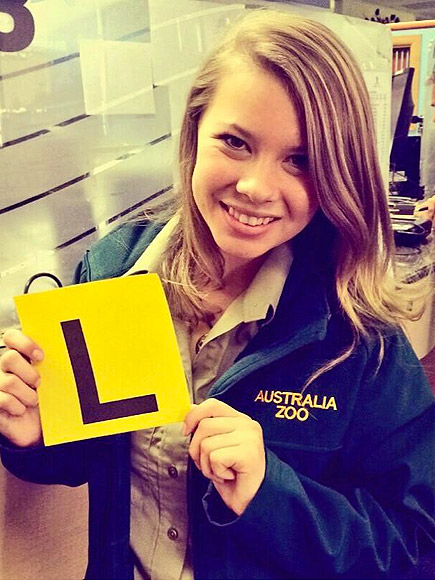 Sweet 16: Bindi Irwin Is Driving! (PHOTO) | Bindi Irwin