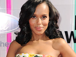 Family Fun: Kerry Washington, Husband & Baby Isabelle Visit Disney (PHOTO)