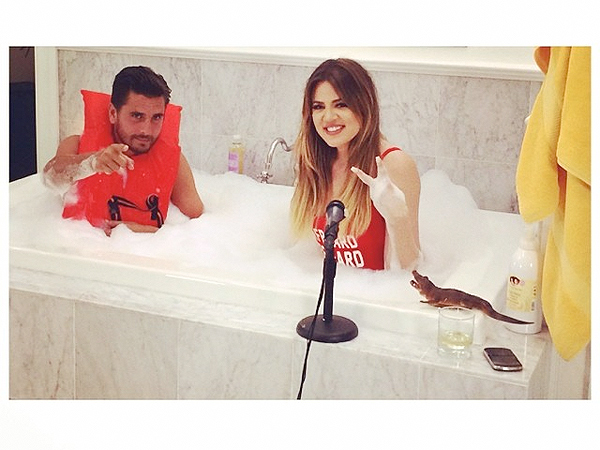 Photo: Guess Who's Taking a Bath with Khloé Kardashian