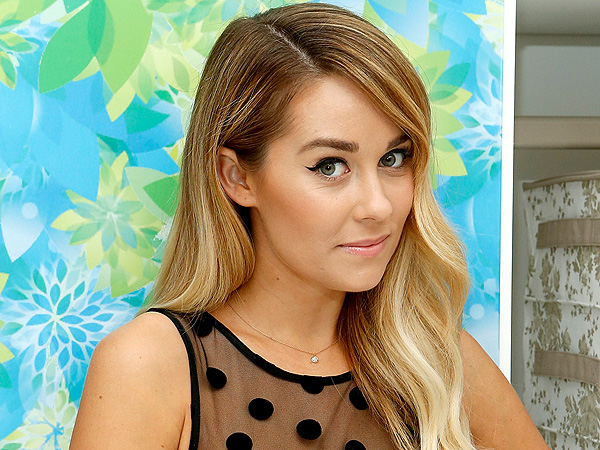 Lauren Conrad Slams Magazine for 'Basic' Diss on Twitter