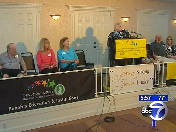 Seventeen Siblings Share $20 Million Lottery Jackpot