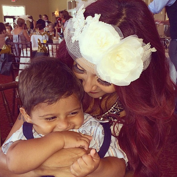 Snooki Preps for Her Wedding Day with a Great Gatsby-Themed Bridal Shower