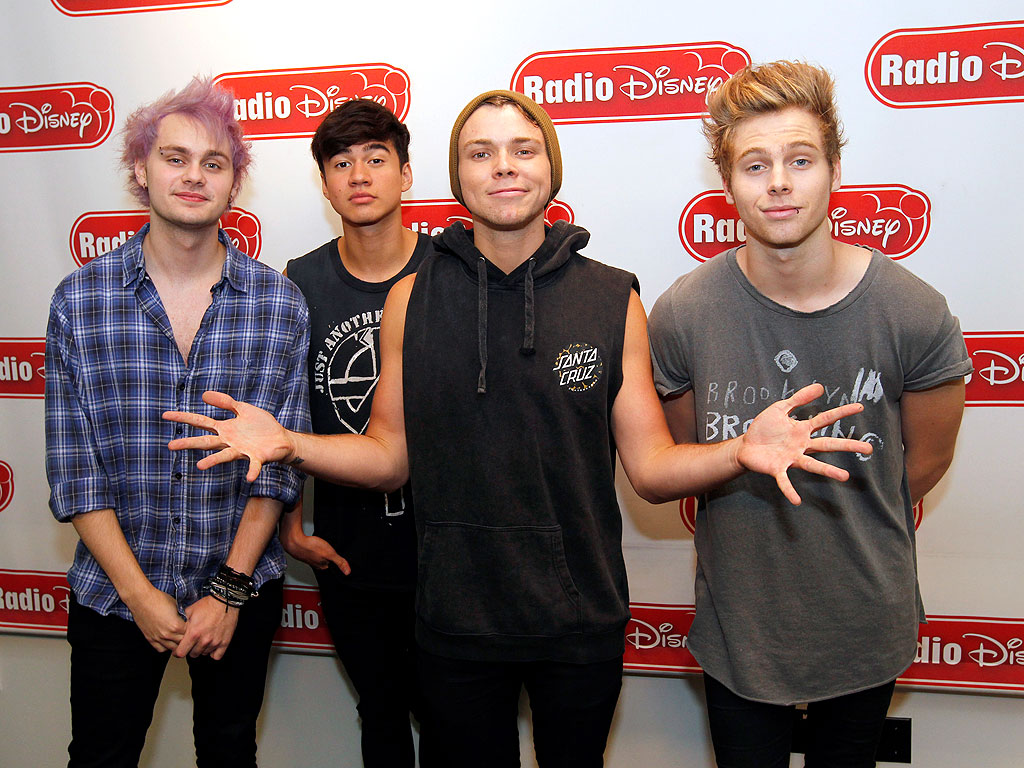 5 Seconds of Summer: On Touring, One Direction, Radio Disney