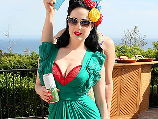 Dita Von Teese Throws Annual 'Garden & Arts' Bash | Dita Von Teese