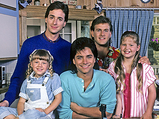 Full House Goes to Hawaii: Take a Vacation with Your Favorite Classic Sitcoms