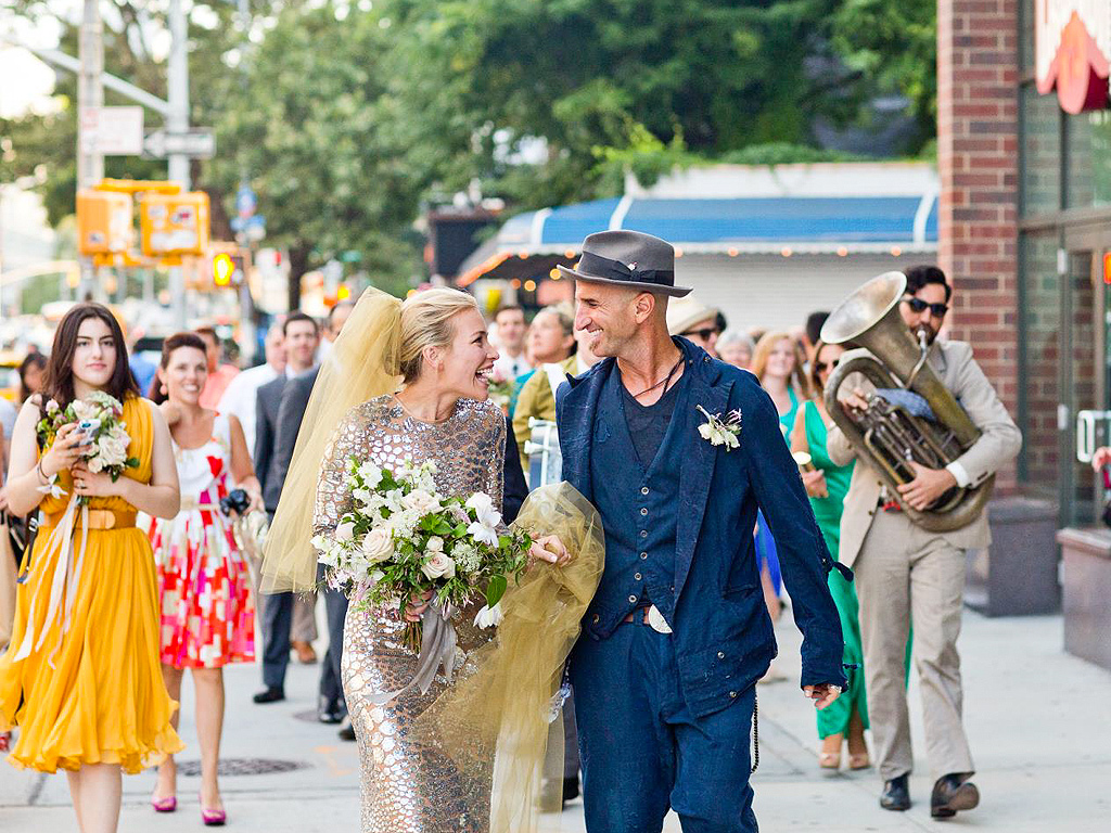 PHOTO: You've Never Seen a Wedding Dress Quite Like Piper Perabo's!