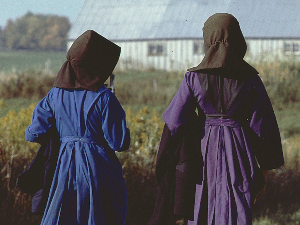 Authorities Arrest Couple Suspected of Kidnapping Two Amish Girls
