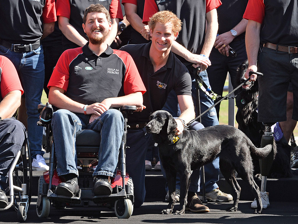 A Proud Prince Harry Praises Paralympic Athletes at Invictus Games