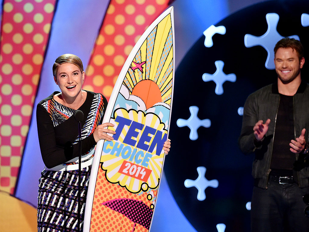 Shailene Woodley's Teen Obsession Will Send Kids Running to the Craft Store | Shailene Woodley