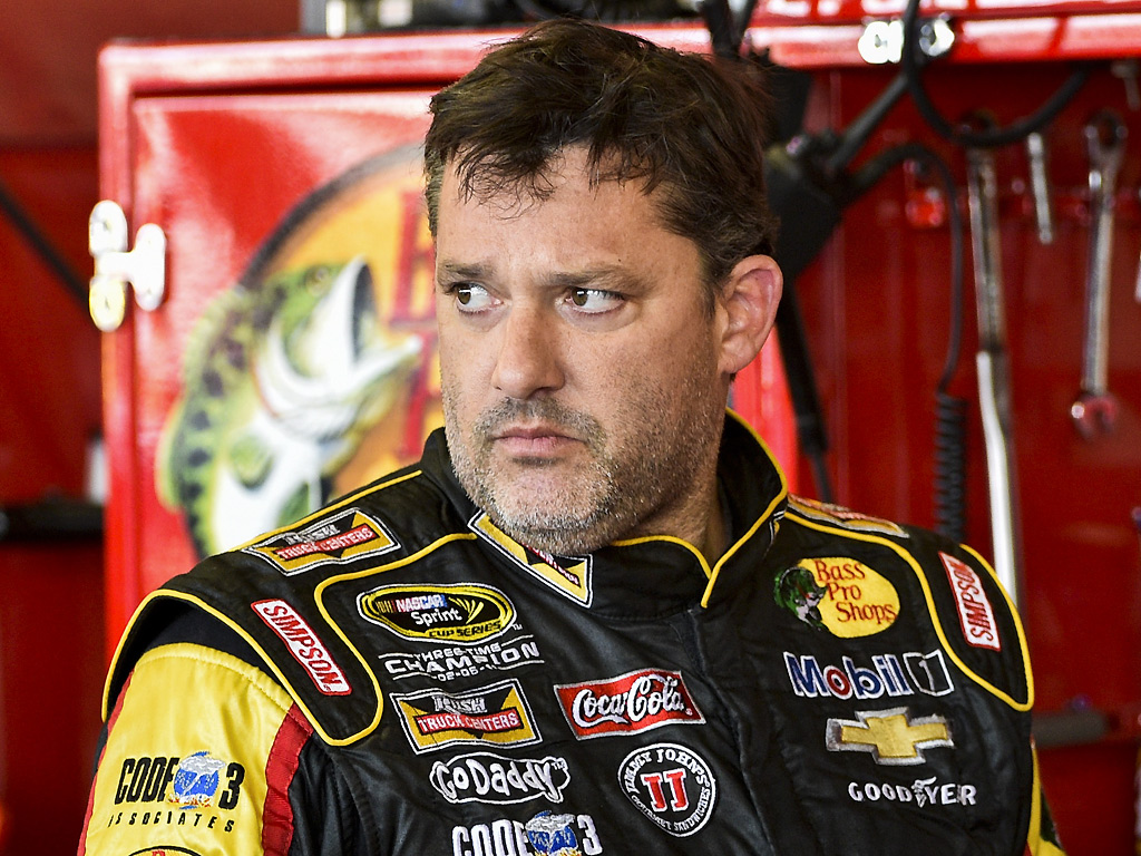 NASCAR Champ Tony Stewart Strikes and Kills Driver in Sprint Car Race