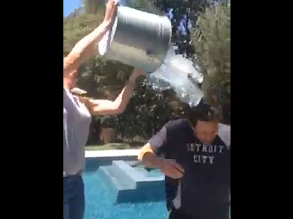 Whom Did Ben Affleck Hilariously Recruit to Join Him in the Ice Bucket Challenge?